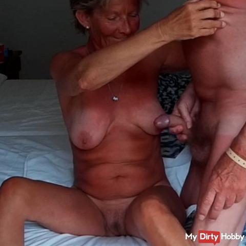 Mallorca 2018 Wanking on the tits in Hotelzmmer