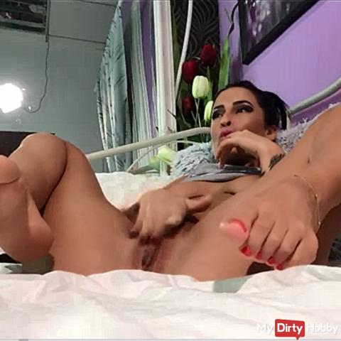 ass, feet, panties and masturbation !