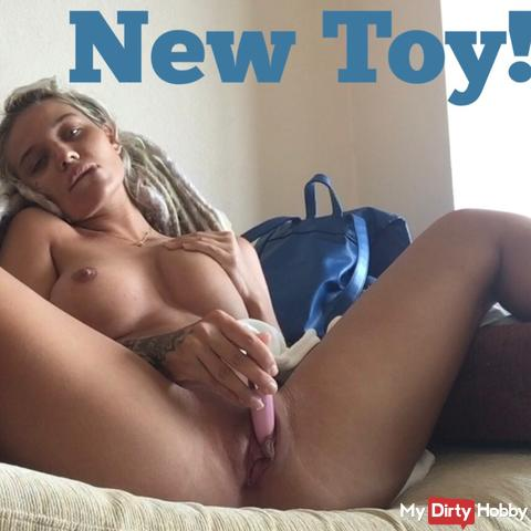 Relaxed masturbation with new toy!