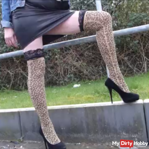 Hot heels on hard asphalt