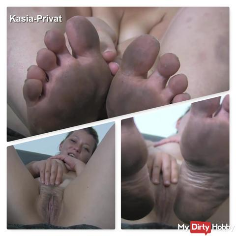 Dirty Feet - Clean it!