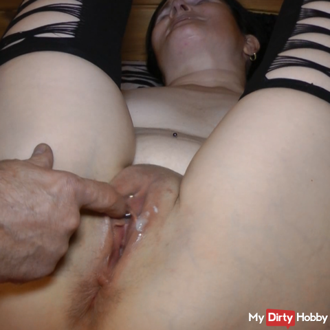 play with fresh inseminated pussy