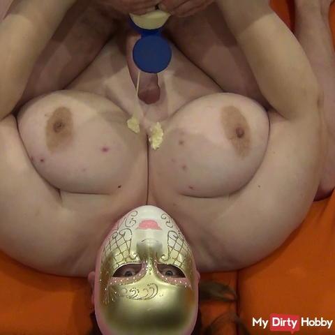 Tits mayonnaise game