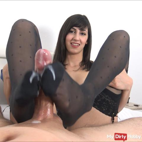 My first nylon footjob!