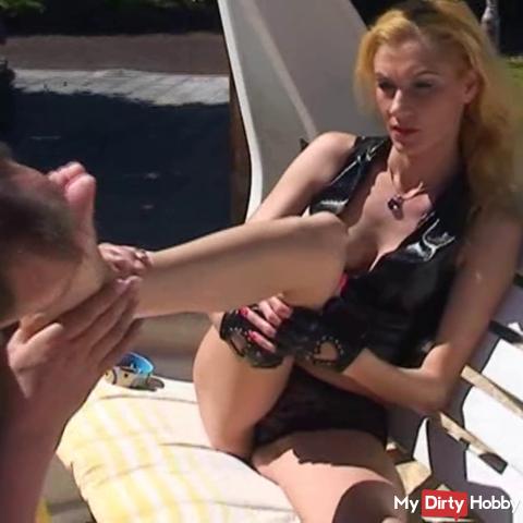 Miss Mia feet peeling on Tenerife