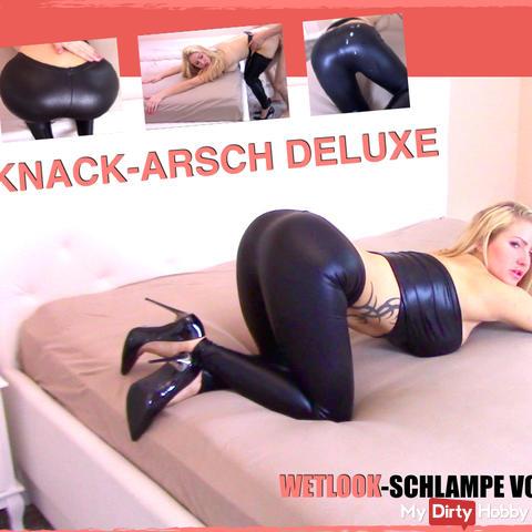 KNACK-ARSCH DELUXE! WETLOOK-SCHLAMPE vollgerotzt!