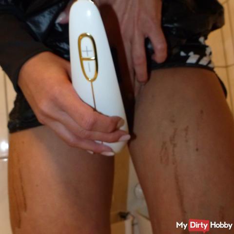 Dicks / Showers / SB in Wellies / Shiny Shorts & Rainjacke