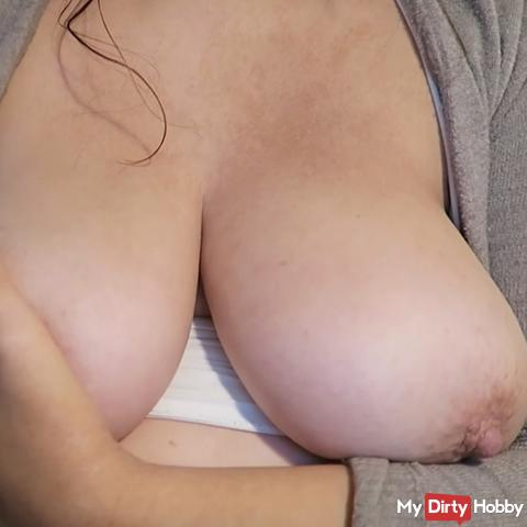 I SHOW YOU MY ASS-ASS FETISH- AND MY BIG TITS