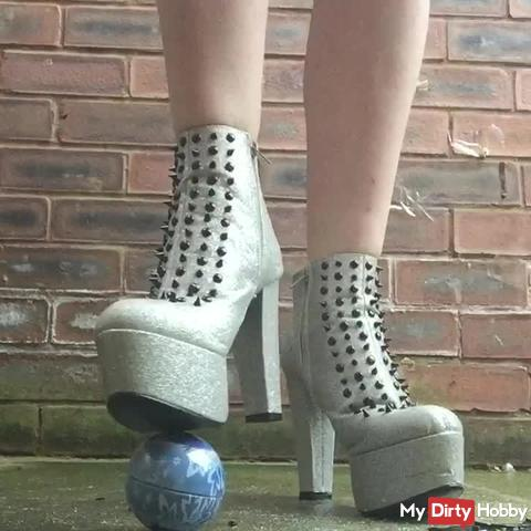 Snow Ball Crush Foot Boot Fetish,