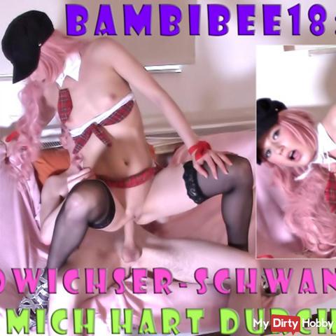 Teeny BambiBee18: Pornowichser-Schwanz fickt mich durch!