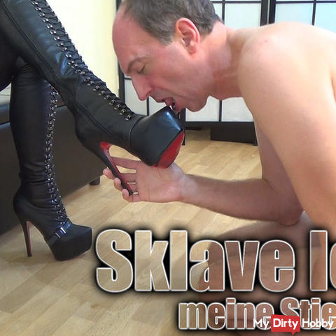 Slave licks my boots