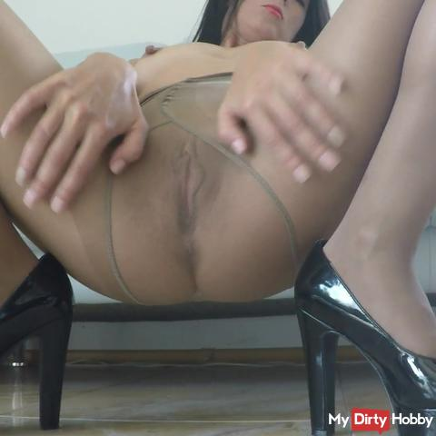 Pantyhose Sensation