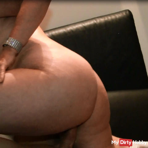 The horny bock while wanking