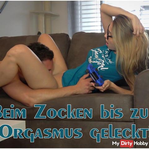 Licking while playing to orgasm!