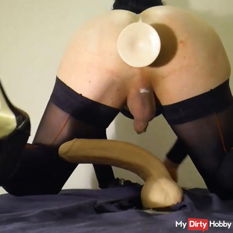 Lea deep in the ass Toy