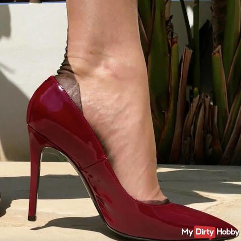 Leak the heels bright, Lecknutte!