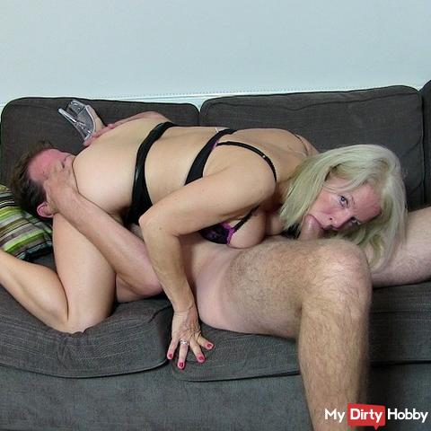 Giant cock blows rubber and pussy !!Giant cock blows rubber and pussy !!