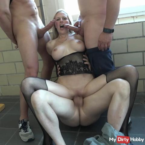 CamAngel threesome fucked hard!