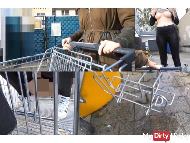 DREIST!!! Teeny pisst in deinen Einkaufswagen