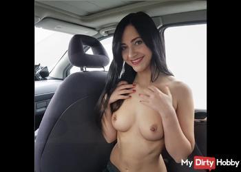 Usertreffen!Riskantes Auto-Date an der Autobahn!