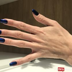 Finger and toenails (request Gallery)