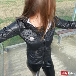 In hot Lackleggins / patent leather boots / & shine