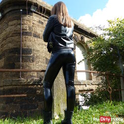 Do you like wetlook paint latex leggings, boots and leather jacket ?? Me, yes