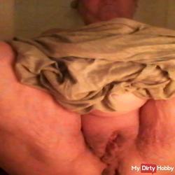 Horny pussy pissing
