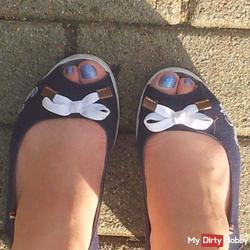 Horny summer feet