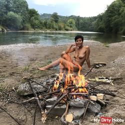 Tchingel Trip Naked