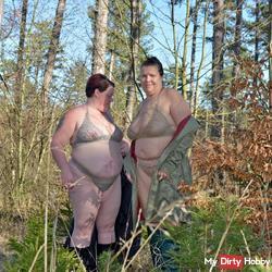 2 lesbians - erotic walk in chains lingerie 1