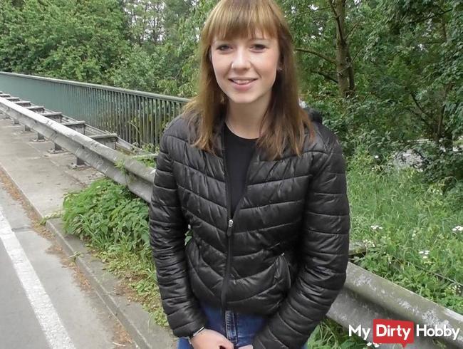 Voll abgepisst an der Autobahnbrücke - Mutprobe BESTANDEN oder NICHT BESTANDEN ??????!!!!
