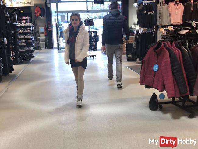 Geschwängert im einkaufsladen