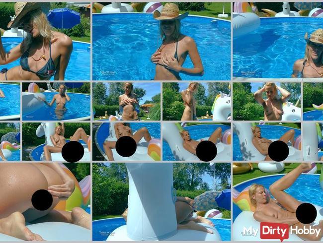 Spontan im Pool