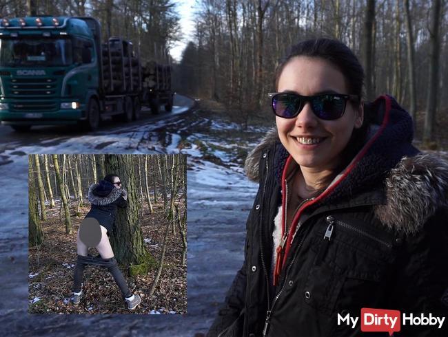 Er hielt einfach an! Ornie der Waldarbeiter fickt mich richtig schön durch!