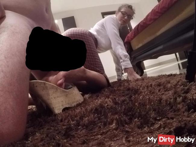 You are so turn on by watching on my sexy feet in heels