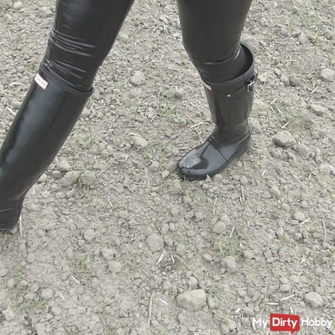 Gummistiefel eingeweiht wasserbefüllter Spaziergang Leder wetlook Leggins crushing
