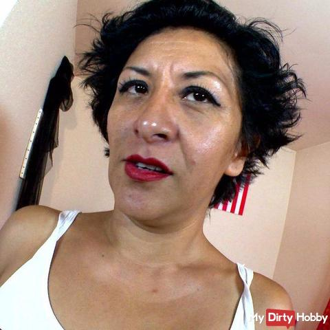Hot mexican mature milf  makes her first squirt in first p*rn video