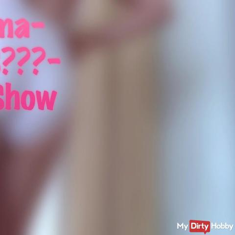 Oma-Slip-Show