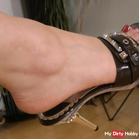s*xy mule high heels dangling