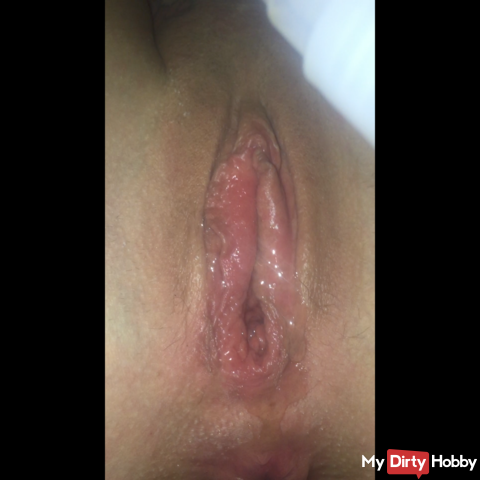 Dildo in pussy and ass!