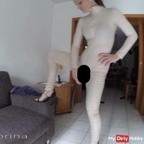 Selbstbefrie***ng Spandex , dil*o und Heels