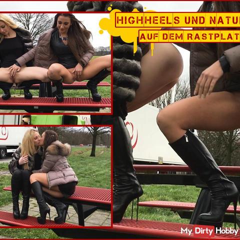 SEXY! Heels & NATURSEKT on the motorway service area