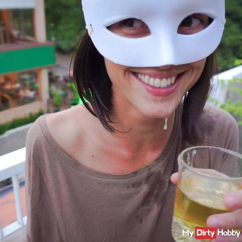 pi** Drinking.... with a facial!