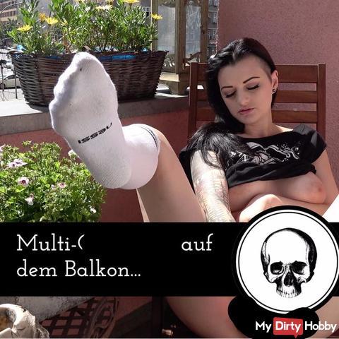Multi-Orgasmus auf dem Balkon