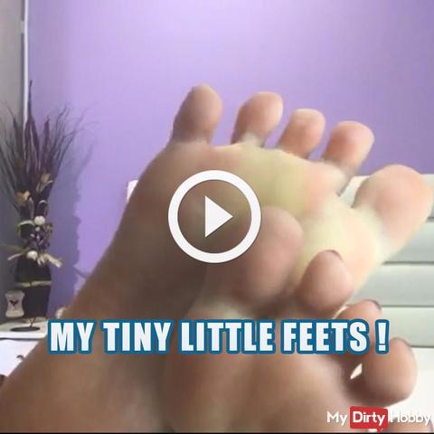Meine kleinen kleinen Füße! Video für Fußliebhaber!!