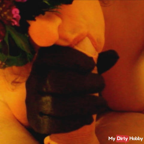Black-Satin-Gloves-Blowjob