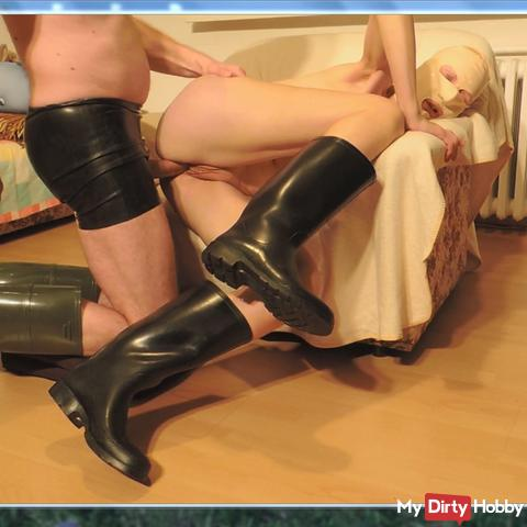 Intimate shave, games, licking, fucking, spraying everything-in rubber boots