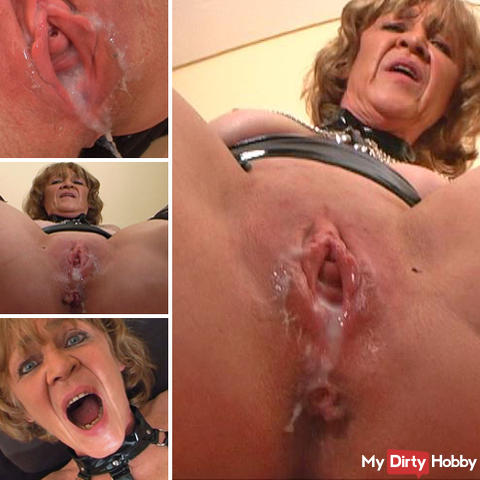 Mature pussy filled with sperm.
