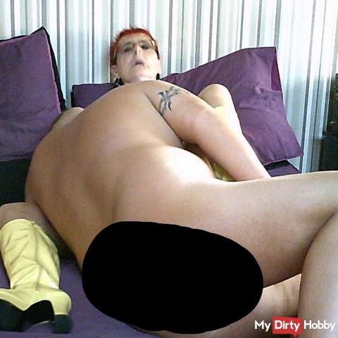 Dirty English Milf in Yellow Boots